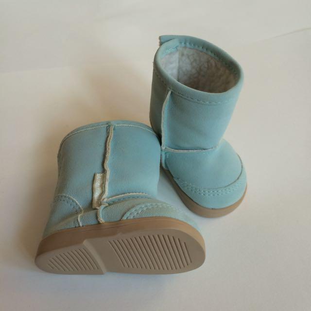 Beach boots